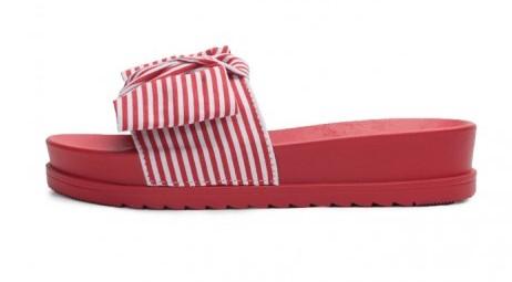 Najprivlačnejša ženska obutev za vroče poletne dni